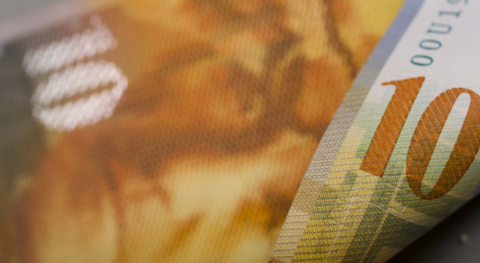 UOKiK bada praktyki banku Raiffeisen wobec frankowiczów