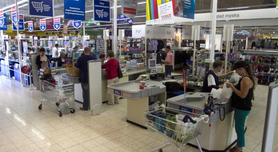 Ile będzie kosztować Polaków podatek od sieci handlowych?