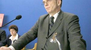 """Galeria zdjęć z konferencji """"Małe i średnie w drodze do Unii Europejskiej"""" - Katowice, 2004.02.11"""