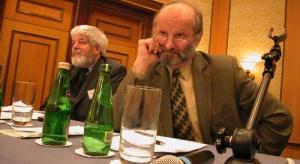 """Galeria zdjęć z konferencji """"Polska energetyka w Unii Europejskiej"""" - Warszawa, 2004.01.28"""