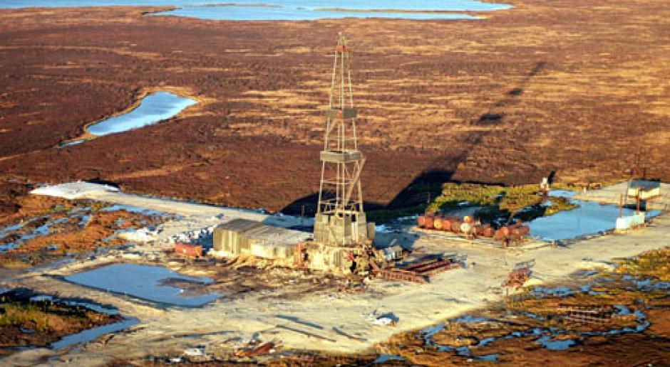 Rosja zmienia prawo, chce zalać świat LNG