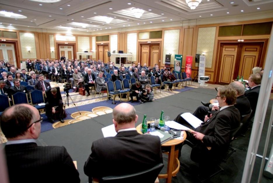 O najistotniejszych sprawach dla gospodarki debatują w Warszawie najważniejsze osoby na polskiej i europejskiej scenie gospodarczej. To już dziesiąta odsłona Forum