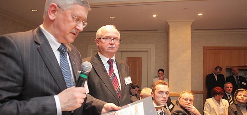Zbigniew Paprotny, wiceprezes zarządu, Kompania Węglowa SA oraz Marek Klusek, wiceprezes zarządu ds. handlowo-rynkowych, Katowicki Holding Węglowy