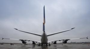 Airbus ograniczy produkcję swego największego samolotu