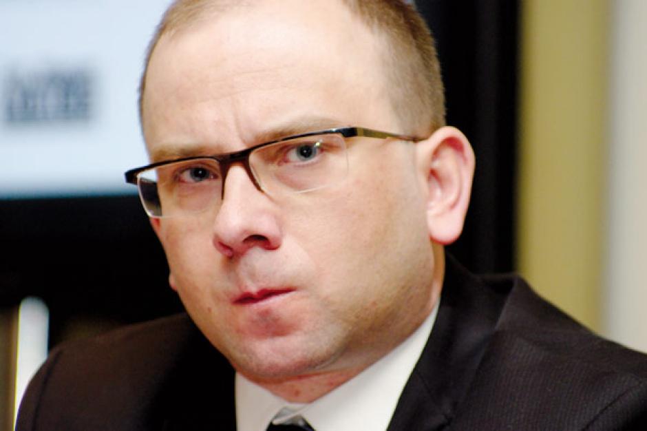 Marek Kulesa  dyrektor Biura Towarzystwa Obrotu Energią    - Broker powinien działać na rzecz klienta i dawać mu szerokie możliwości wyboru. A widzę, że czasami rzekomi