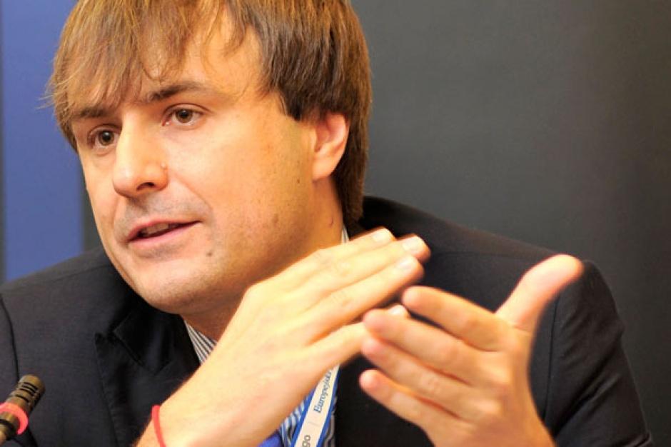 Andrzej Sykulski, wiceprezes Domu Maklerskiego Trigon , uważa, że tak wielki odsetek transakcji kończy się porażką, bo nie poznano wcześniej kultury przejmowanej firmy i nie przygotowano strategii poakwizycyjnej.
