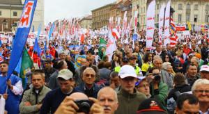 Związki zawodowe punktują rząd
