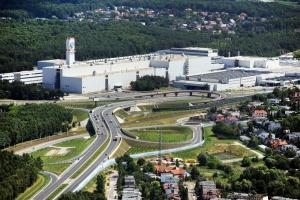 Więcej części dla pojazdów elektrycznych z poznańskiej odlewni Volkswagena