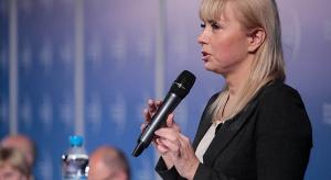 """Elżbieta Bieńkowska bierze na celownik """"grube ryby"""" w pirackim świecie"""