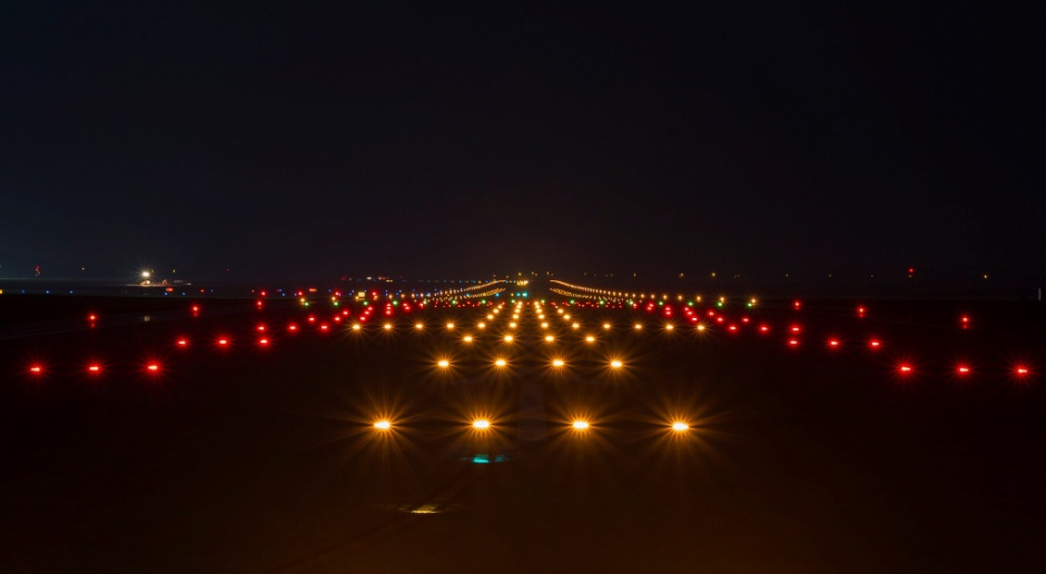PAŻP: W czerwcu liczba operacji lotniczych w Polsce spadła o 49 proc. wobec 2019 r.