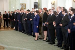 Prezydent powołał rząd Beaty Szydło