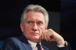 Woźniak: dobry czas na konsolidację sektora naftowego w Polsce