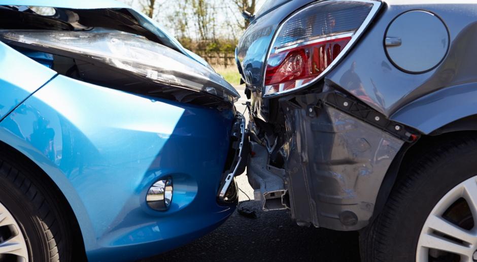 Rośnie liczba nieubezpieczonych kierowców i wypadków z ich udziałem