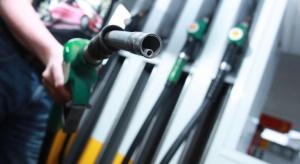 Firmy paliwowe negatywnie o podatku od sprzedaży
