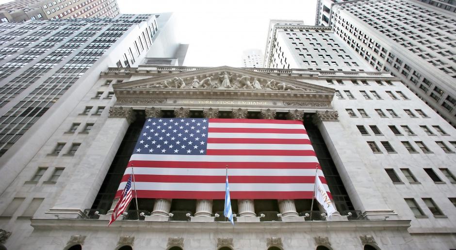 Wzrosty na Wall Street po danych z rynku pracy