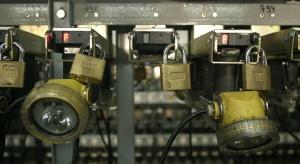 JSW: pracownicy Ruchu Borynia z elektronicznymi paskami zarobkowymi