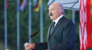 Łukaszenka: Współcześni neokoloniści chcą ubrać młodzież w brunatne uniformy