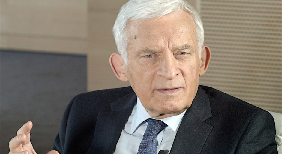 Jerzy Buzek: stoimy w obliczu wielkich zagrożeń