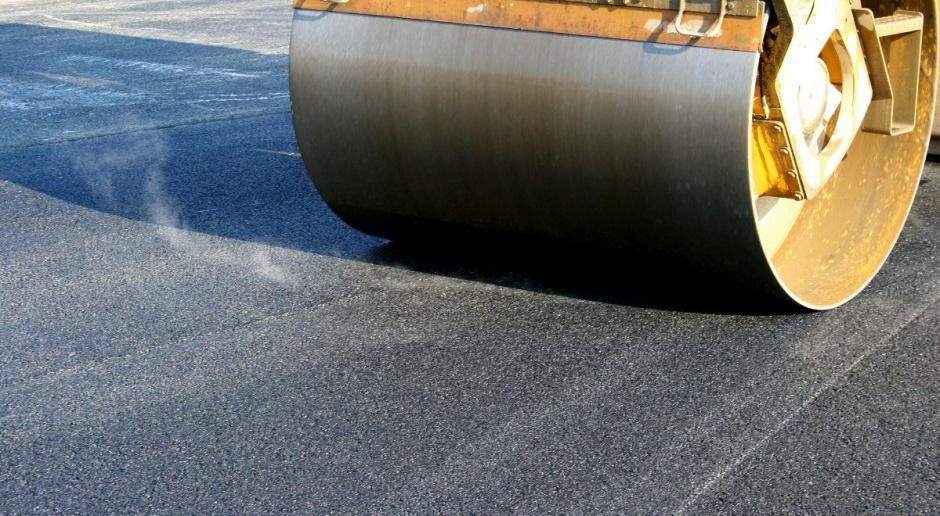 Szmit: realizowane są inwestycje drogowe za ponad 50 mld zł