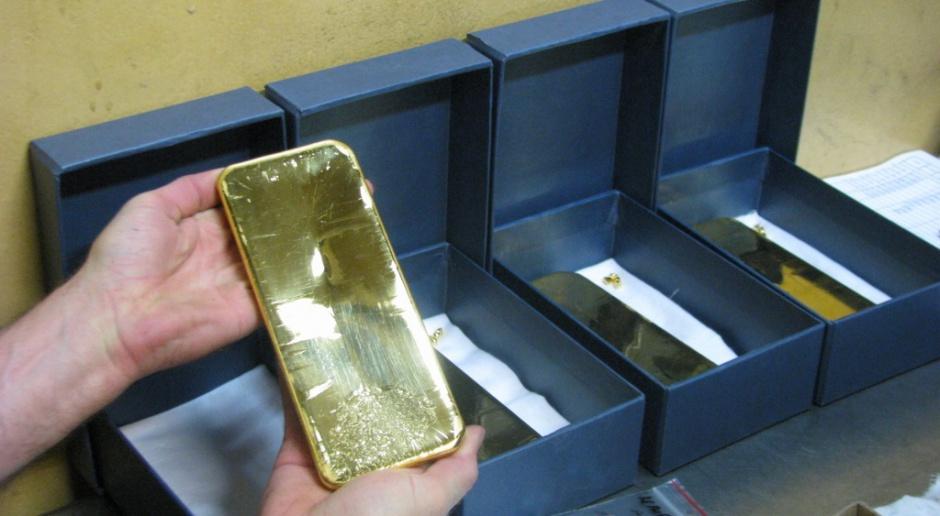 Psychologiczna bariera 1200 dol. za uncję złota przekroczona