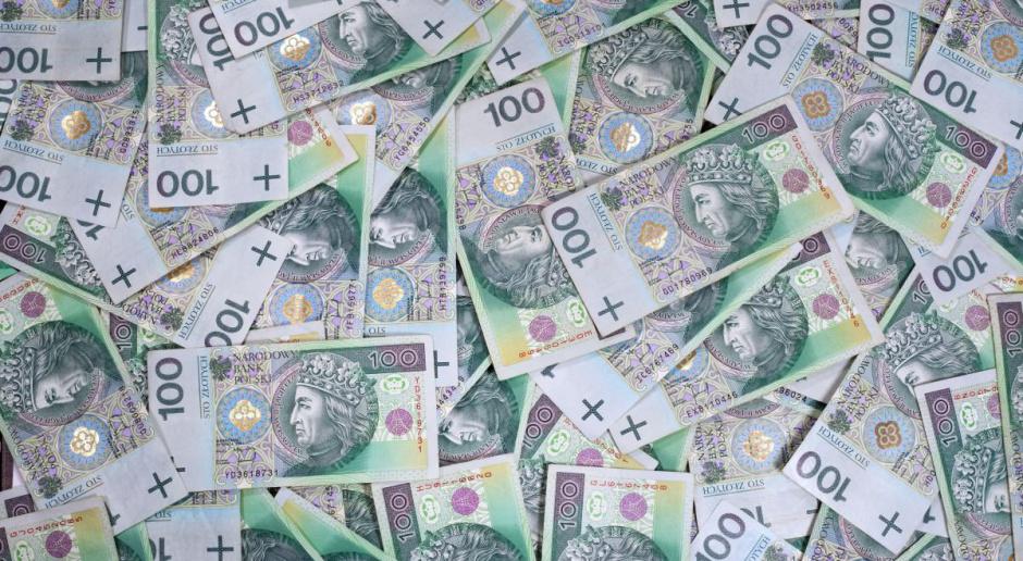 Większość posłów za nowym limitem dla transakcji gotówkowych