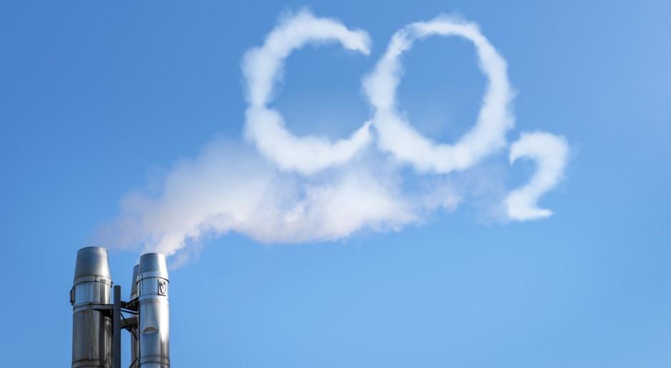 Europosłowie odrzucili szybszą redukcję emisji CO2