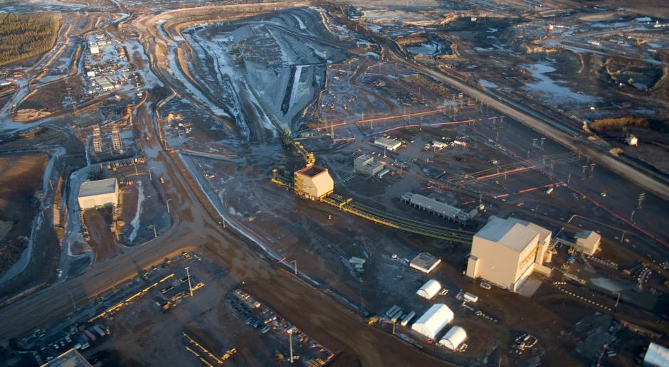 Pierwszą ofiara paliwowej wojny będzie Kanada