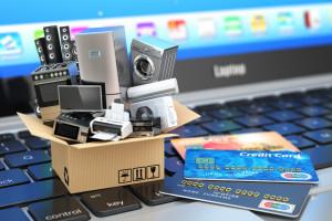 Sprzedaż online spadła po otwarciu sklepów stacjonarnych tylko nieznacznie