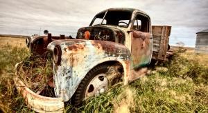 Przedsiębiorcy oszukują na starych samochodach?