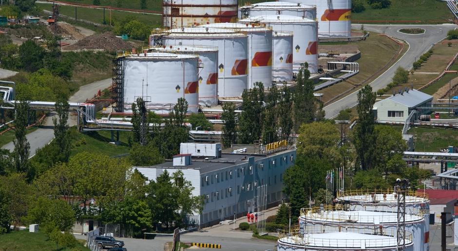 Rosja chce wprowadzić przepisy zakazujące eksportu benzyny