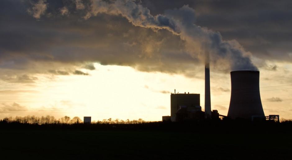 Komisja chce jeszcze mniej CO2. Pięć krajów widzi poważny problem