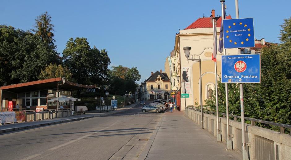 Śląskie: Na szczyt wieży w Cieszynie wróci iglica strącona przez wichurę