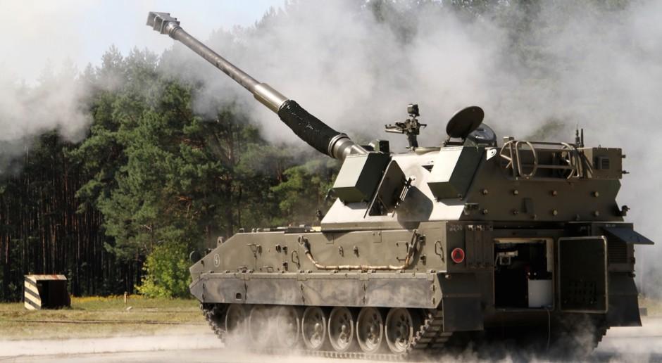 Tomasz Szatkowski: wojsko ma otrzymać ok. 500 armatohaubic Krab
