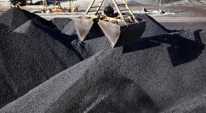 W listopadzie na zwałach leżało dwa razy tyle węgla, co rok wcześniej