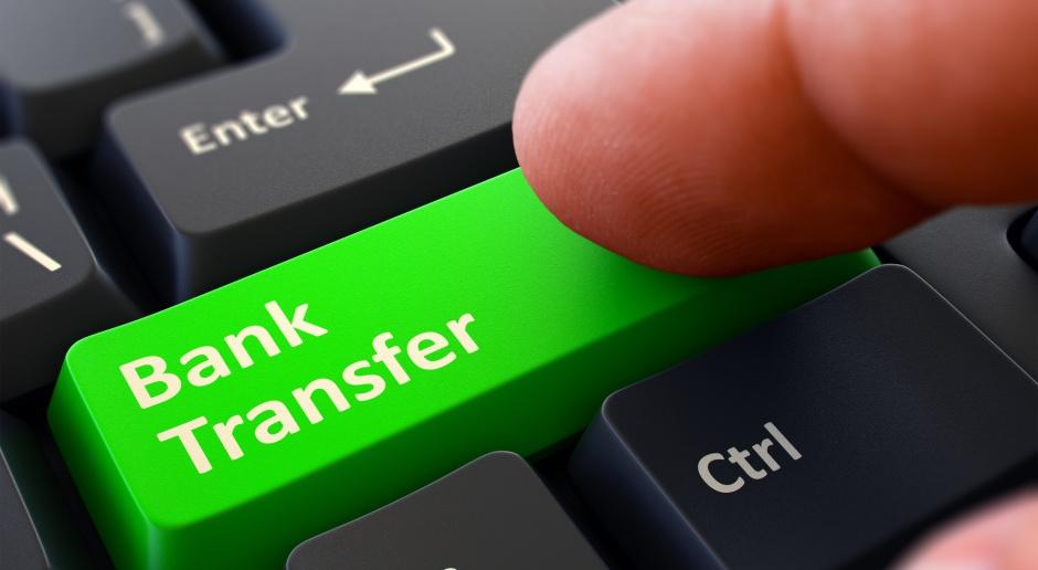 Nowe przepisy unijne mogą wyhamować transakcje internetowe