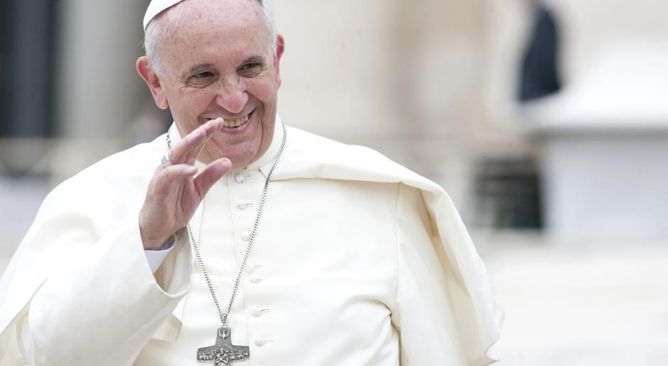 Papież: Ludzie często żyją tak, jak gdyby nigdy nie mieli umrzeć
