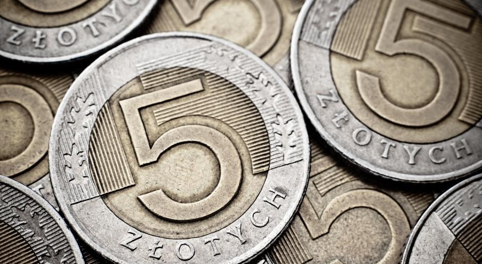 Raport: do 5 zł miesięcznie za prowadzenie konta bankowego