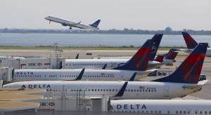 Linie lotnicze odwołały 250 lotów w drugim dniu utrudnień