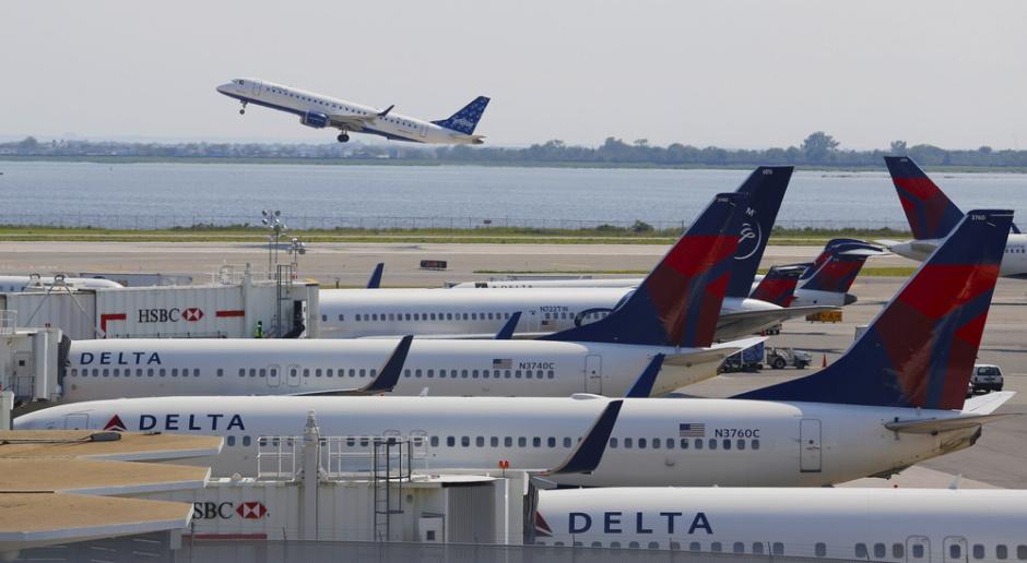 Amerykańskie linie lotnicze oczekują szybkiej pomocy