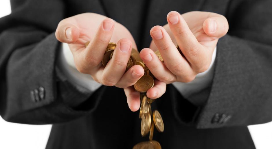 MF nie widzi zagrożenia dla dochodów z podatku sklepowego
