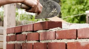 Quart Development obawia się problemów z terminowością dostaw materiałów