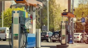 Firmy paliwowe protestują przeciwko podwójnym opłatom za koncesje