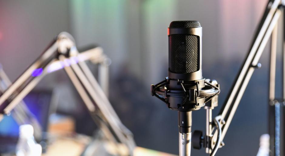Radio Zet trafi do braci Karnowskich? Fratria ma kredyt z Pekao