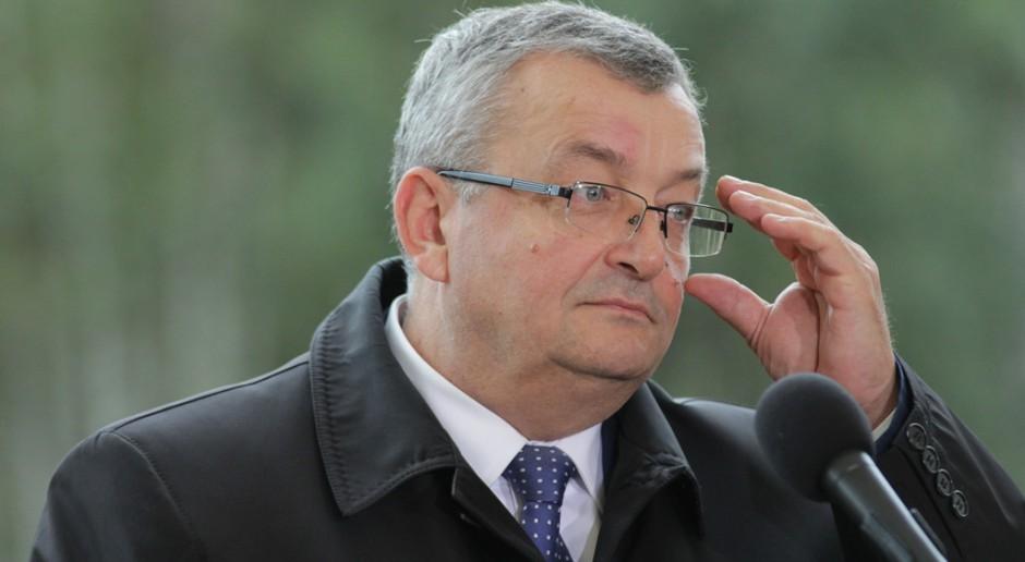 Minister infrastruktury: w sprawie regulacji transportu przegraliśmy bitwę, a nie wojnę
