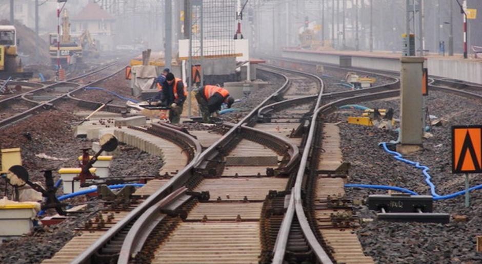 Oferty na modernizację linii Warszawa - Radom od 528 do 735 mln zł