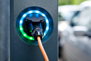 Diesel w Polsce lepszy niż elektryk