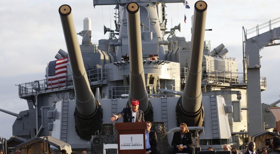 Donald Trump podpisał nowy budżet resortu obrony USA w wysokości 700 mld dol.