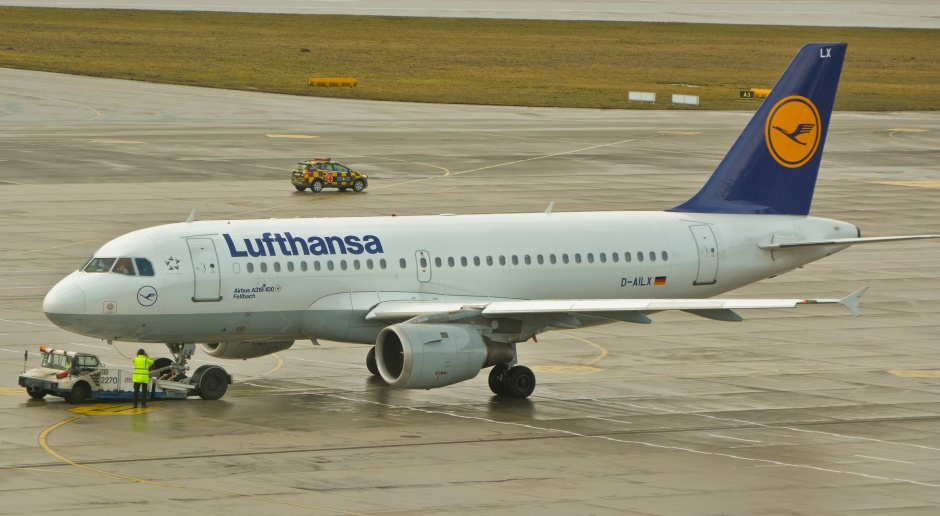 Niemcy: wojna nerwów wokół dotacji dla Lufthansy zaostrza się