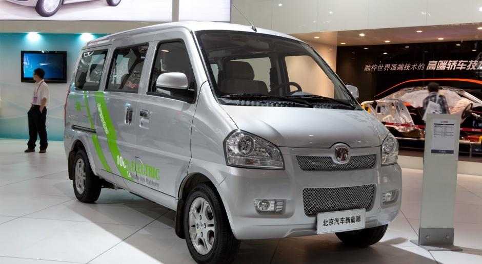 Chiński przemysł samochodowy odbija po spadkach, huty liczą na poprawę cen