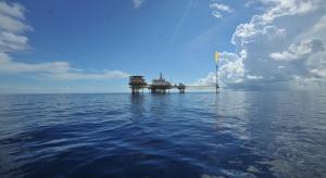 Petronas dobrowolnie obniży wydobycie